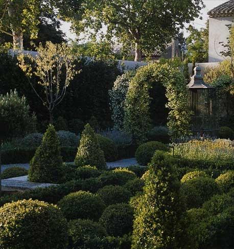 Maison de rêve à Saint Rémy de Provence : 2004-Elle1