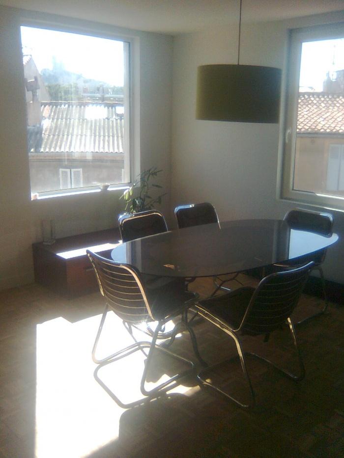 surélévation d'une maison à Marseille : la salle à manger
