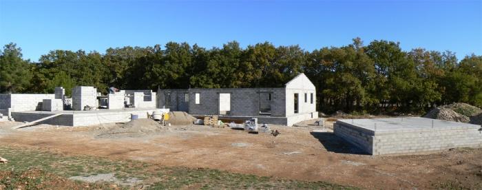 Maison à Gordes : chantier novembre 06