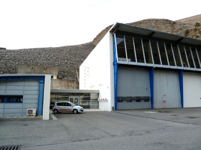 salle de réunion au barrage de Serre-Ponçon (04) - 2011