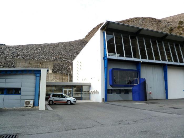 salle de réunion au barrage de Serre-Ponçon (04) - 2011 : 01