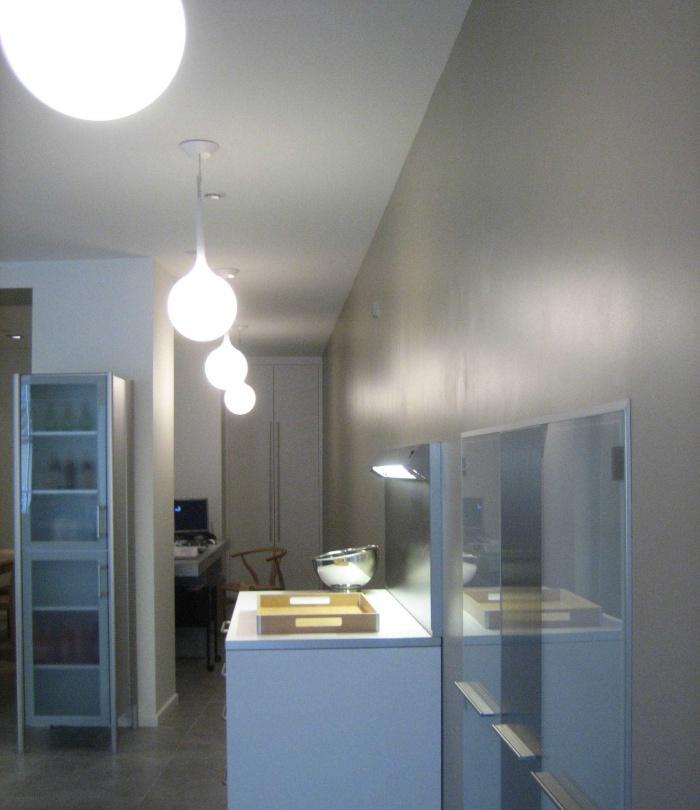 Réaménagement du showroom de cuisines : SUSPENSIONS 4